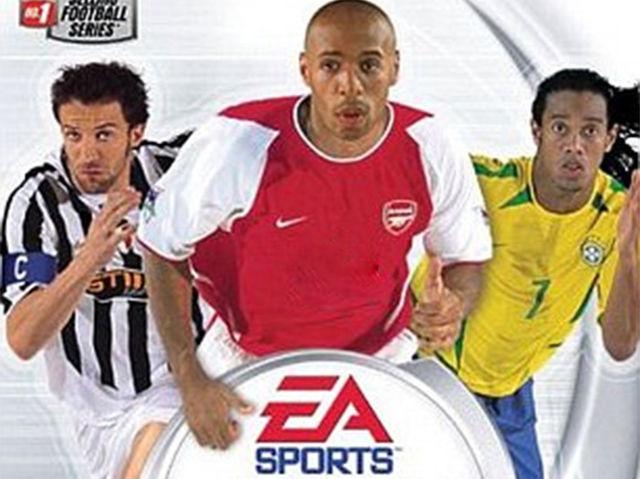 ¿Quién era el patrocinador del Arsenal en esta versión?