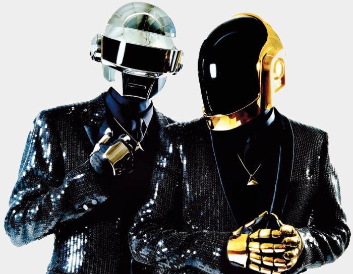 ¿Para qué llevan los dos miembros de Daft Punk los disfraces de robot?