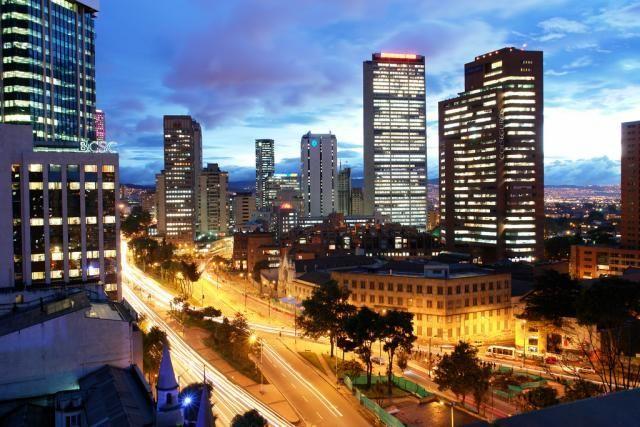 ¿Cuál es su capital y ciudad más poblada?