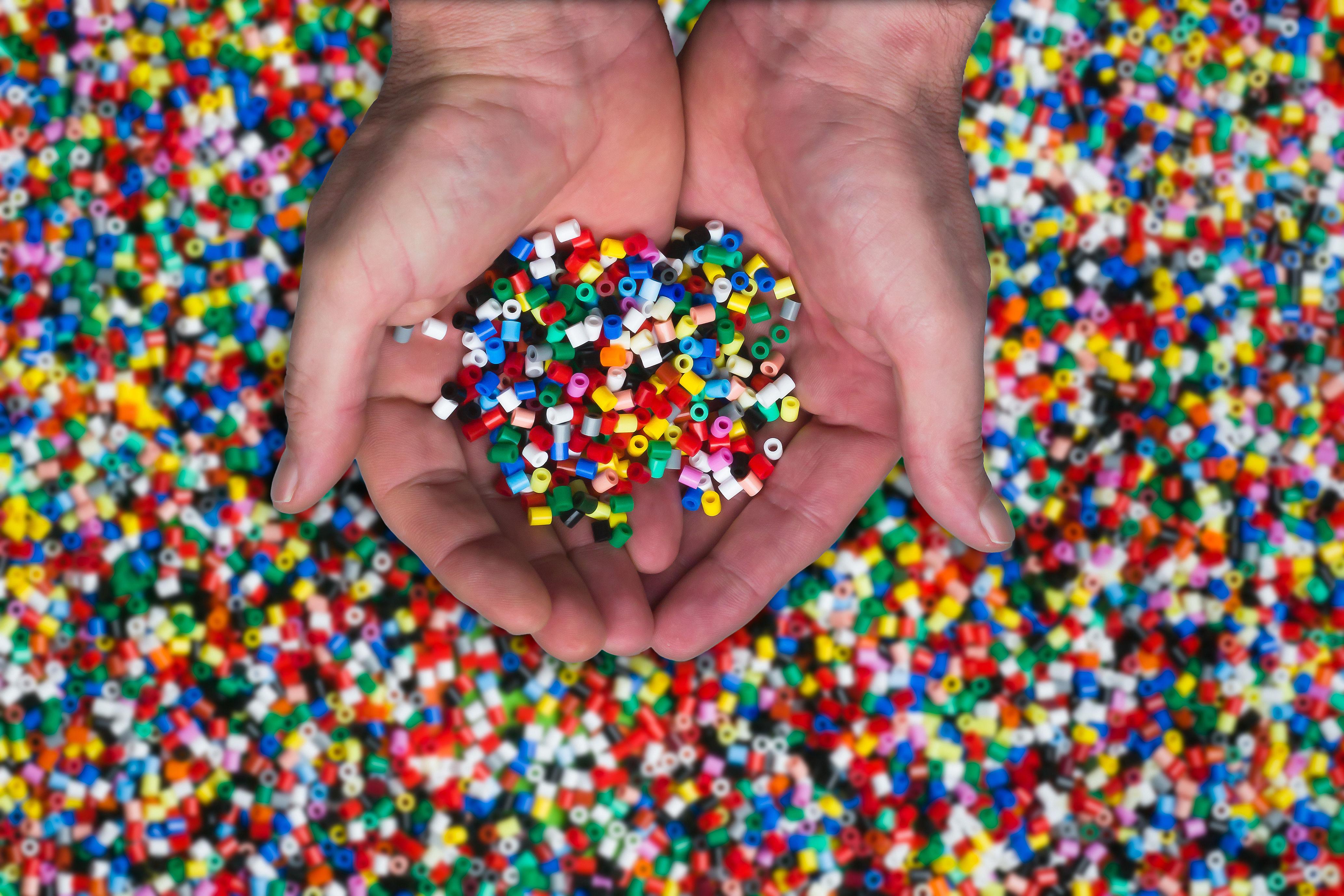6429 - ¿Eres un friki de los plásticos?