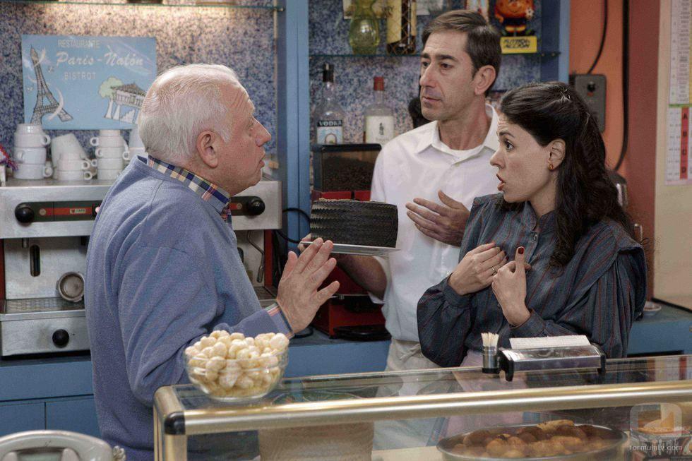 ¿Cómo se llama el Restaurante dónde trabaja Miguel , el hermano de Antonio, con su ex mujer Paquita?