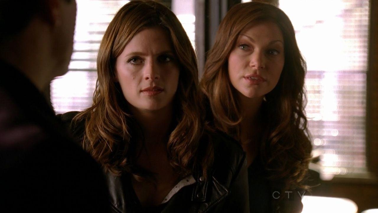 ¿Cómo se llama el personaje que escribe Castle basado en Beckett?