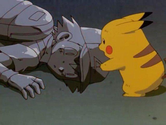 Y acabamos como empezamos, con Pokémon, en la primera película, ¿cómo logra Ash volver a la normalidad?