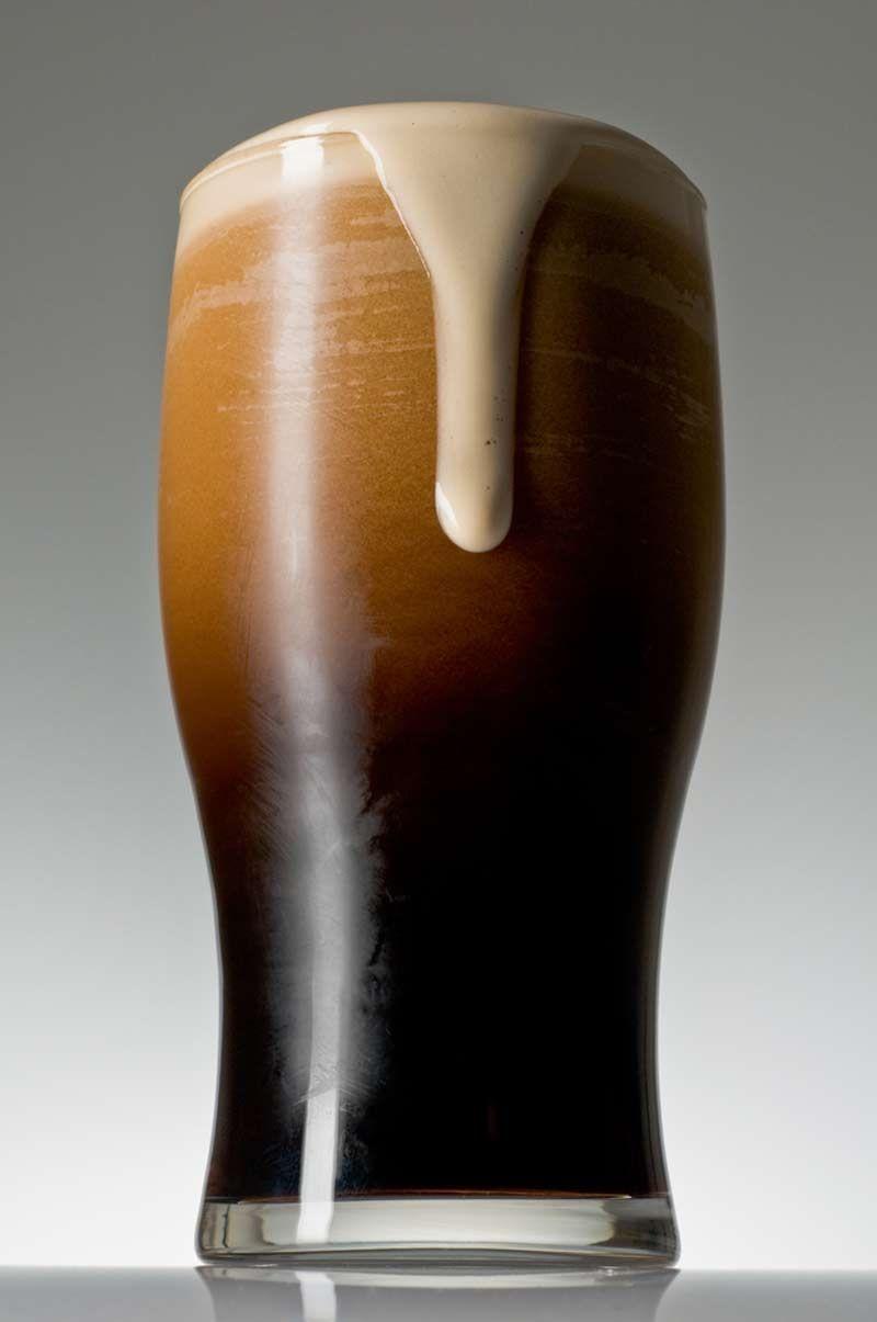 ¿Cuál de las siguientes cervezas no es negra?