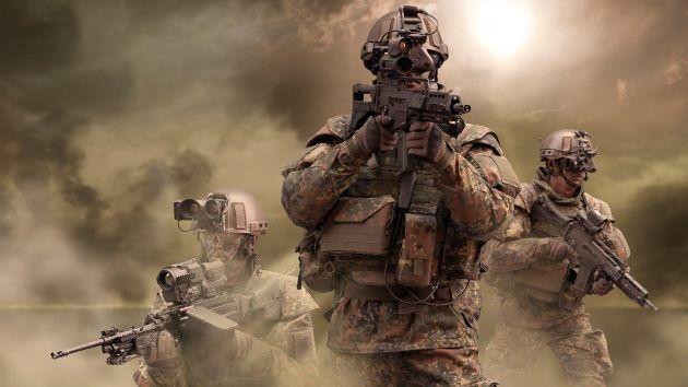 Las tropas ya están aquí. Empiezana  disparar por todos lados. ¡Rápido! ¿Qué harías?