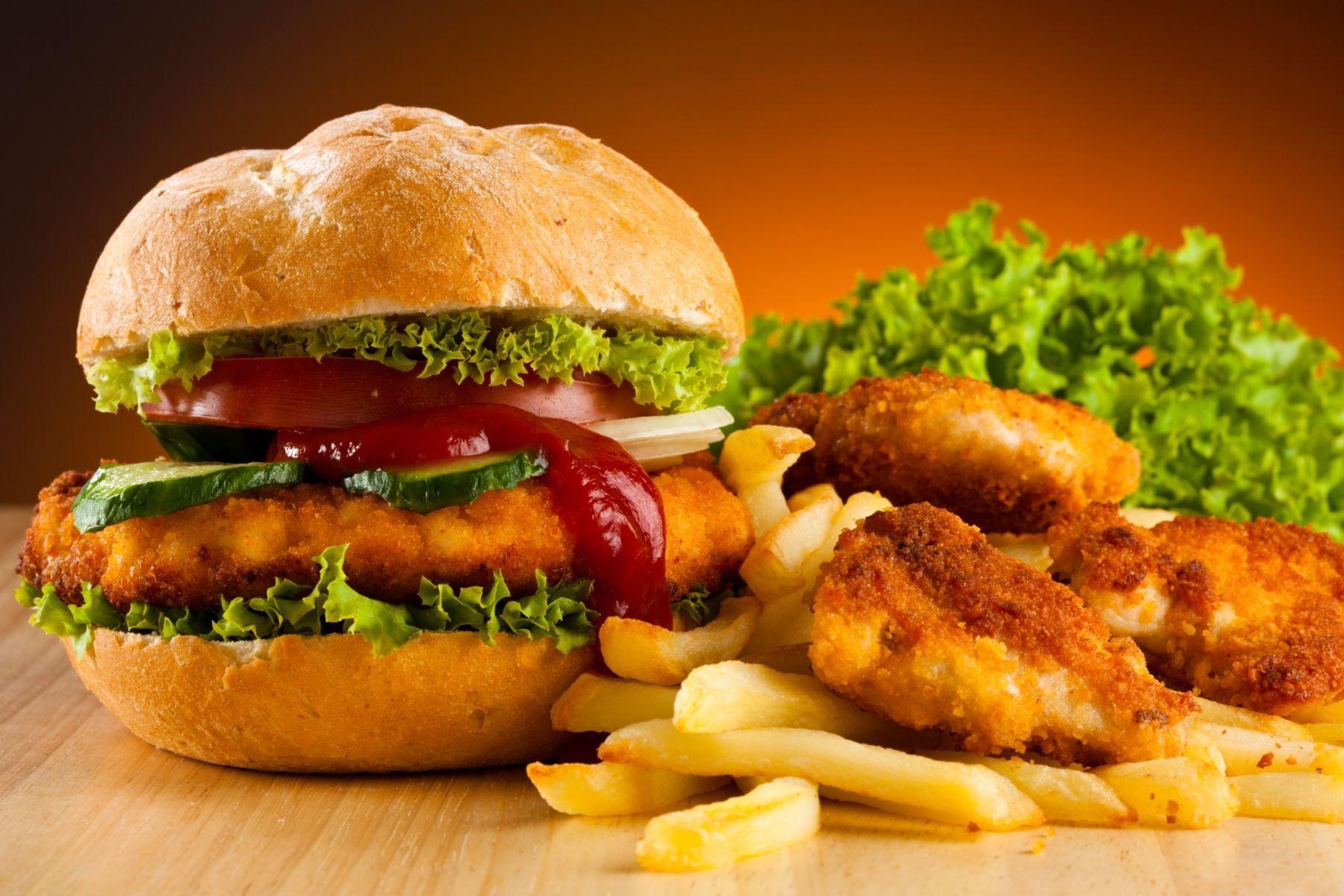 ¿A cuál de estos se le ha puesto más veces junto la palabra comida en MMD?
