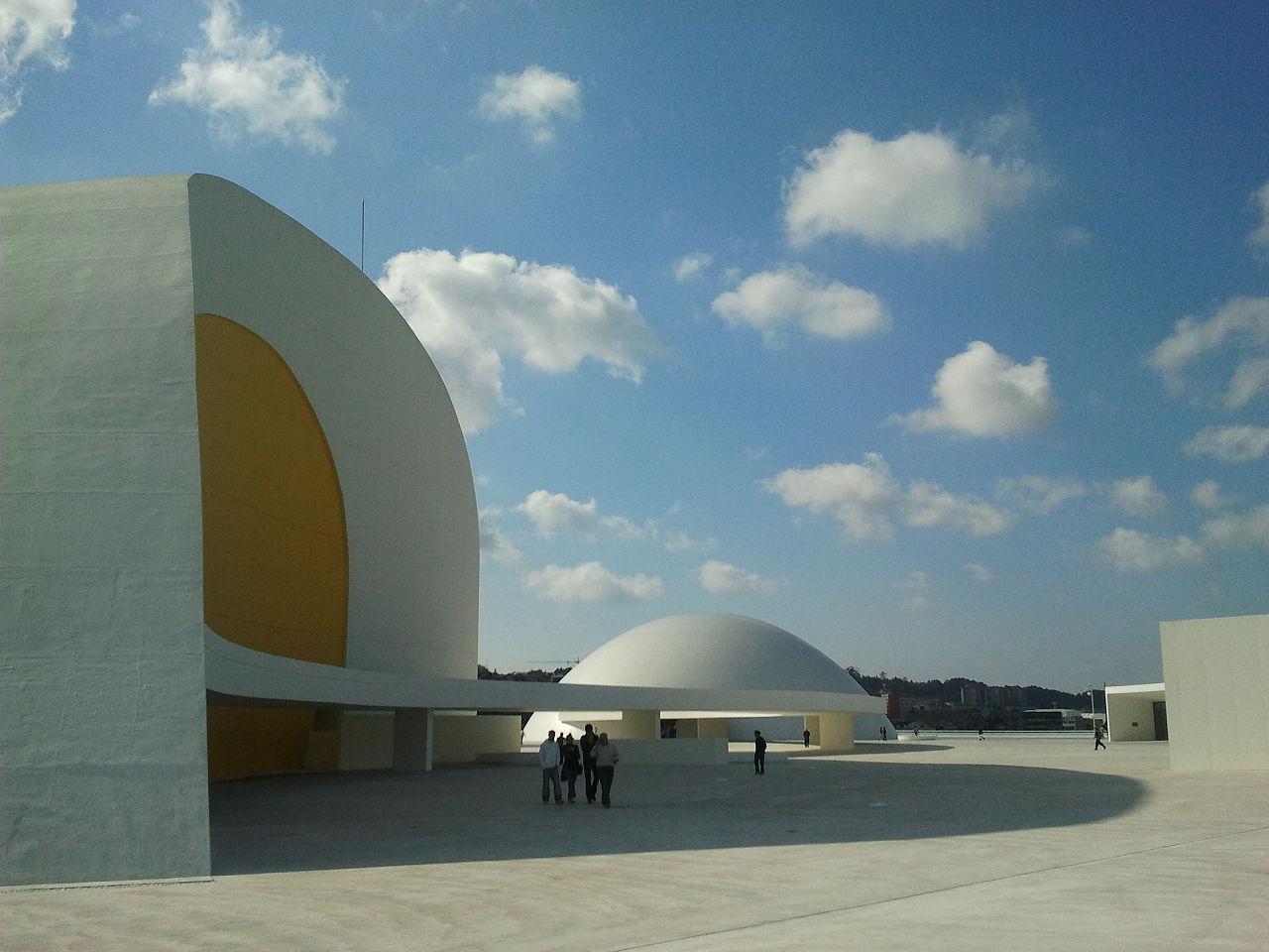 ¿Dónde está este edificio diseñado por el arquitecto Oscar Niemeyer?
