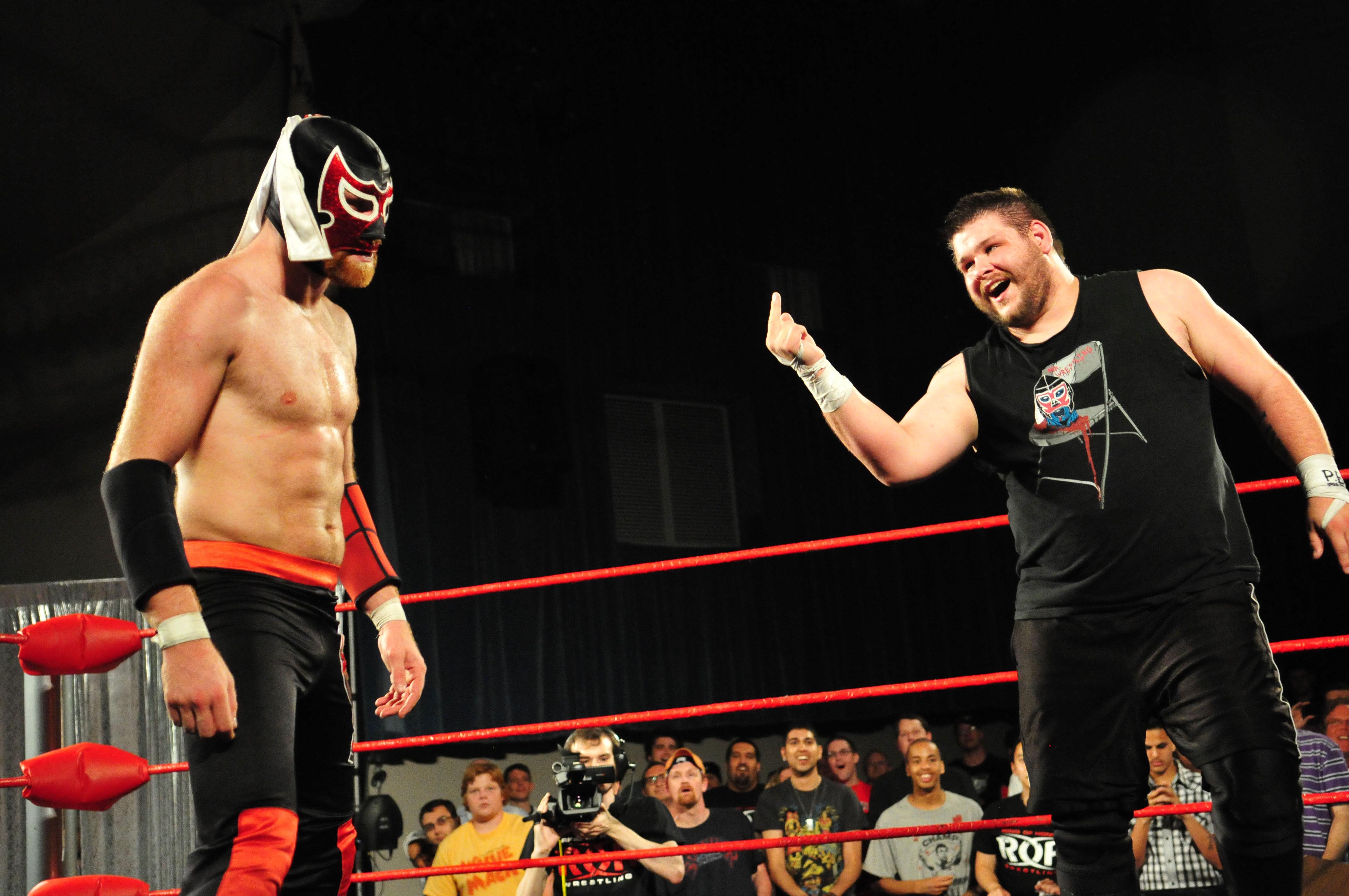 ¿Cómo se llamaban estos luchadores antes de firmar por la WWE?