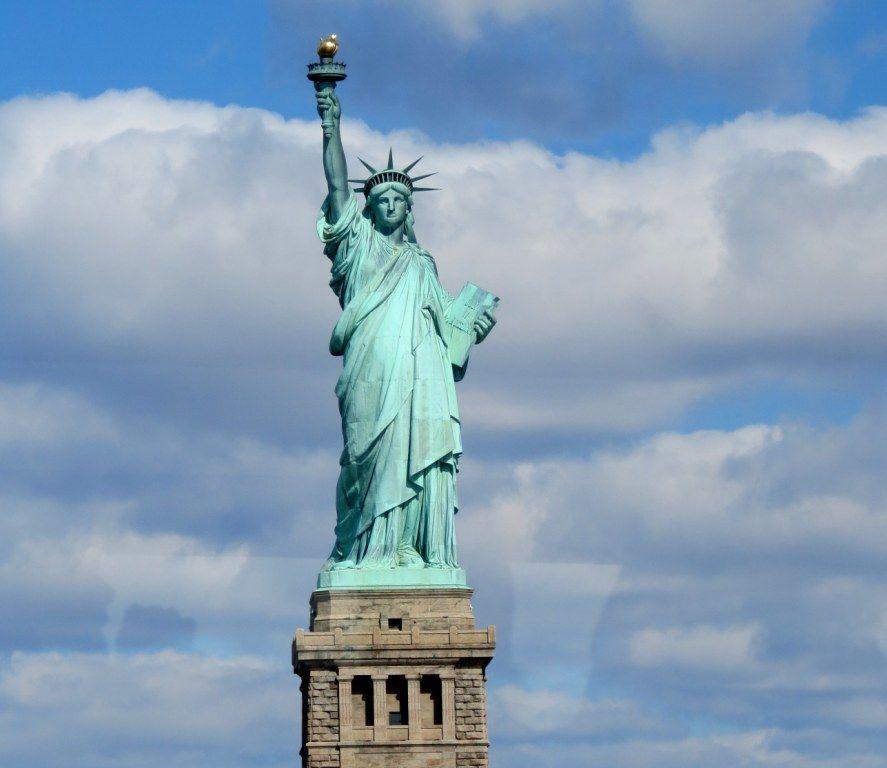 ¿El interior de la estatua de la libertad es accesible?