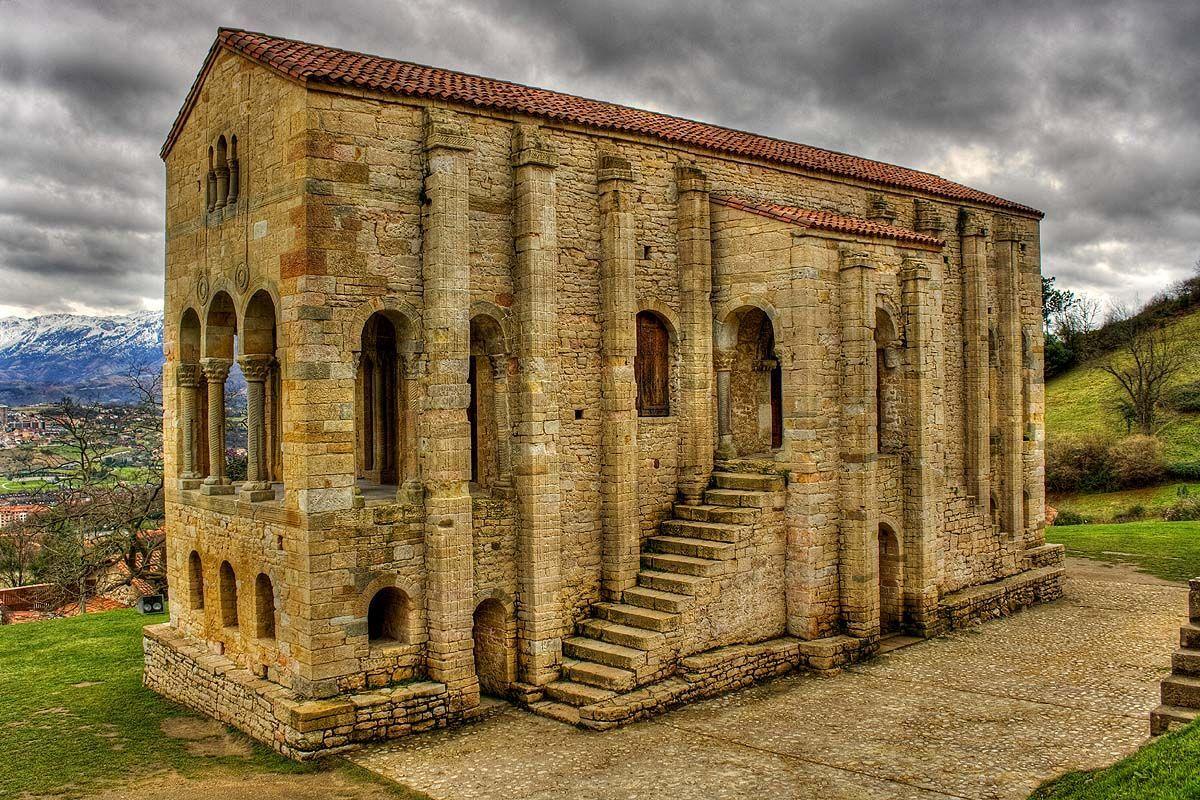 ¿Qué rey mandó levantar Santa María del Naranco?