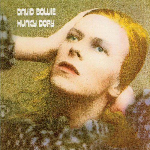 En 1971, llega el álbum glam, Hunky Dory (uno de los preferidos de los fans). ¿Quién es su productor, junto a Bowie?