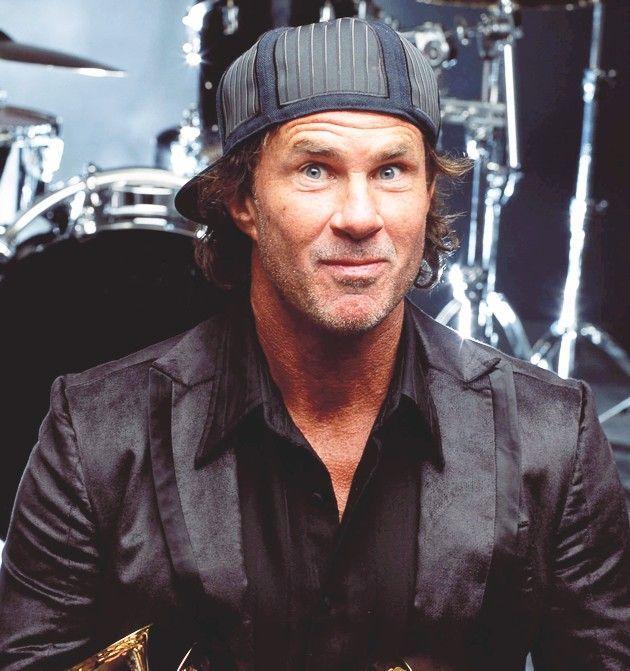¿En que año se incorporó a la banda el bateria Chad Smith?