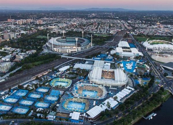 ¿En qué año se trasladó el torneo a Melbourne Park?