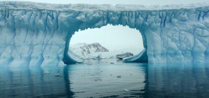 El Polo Norte es más frío que el Polo Sur.