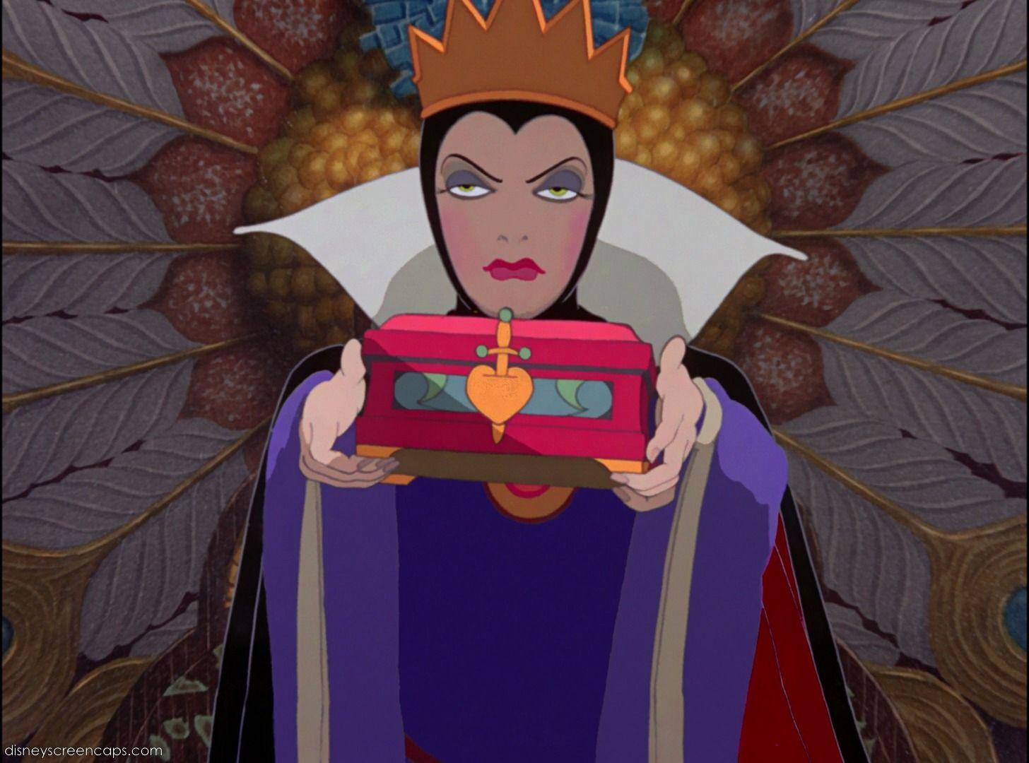¿que le pidió la reina malvada a el cazador como prueba de que habia asesinado a blancanieves?