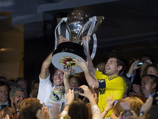 ¿Cuántas Ligas y Champions (Copas de Europa incluidas) tiene el Real Madrid?