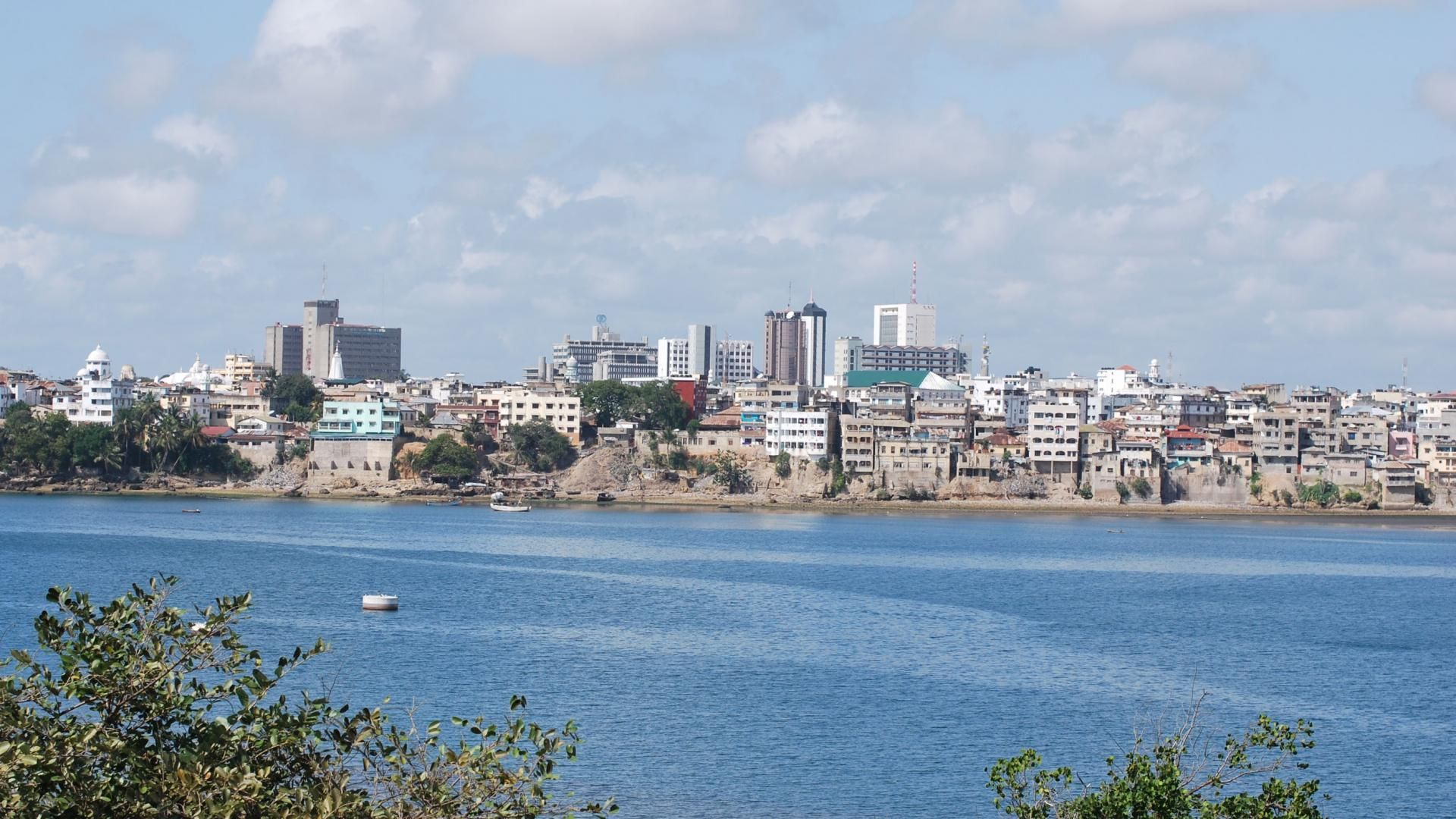 ¿A qué país pertenece Mombasa?