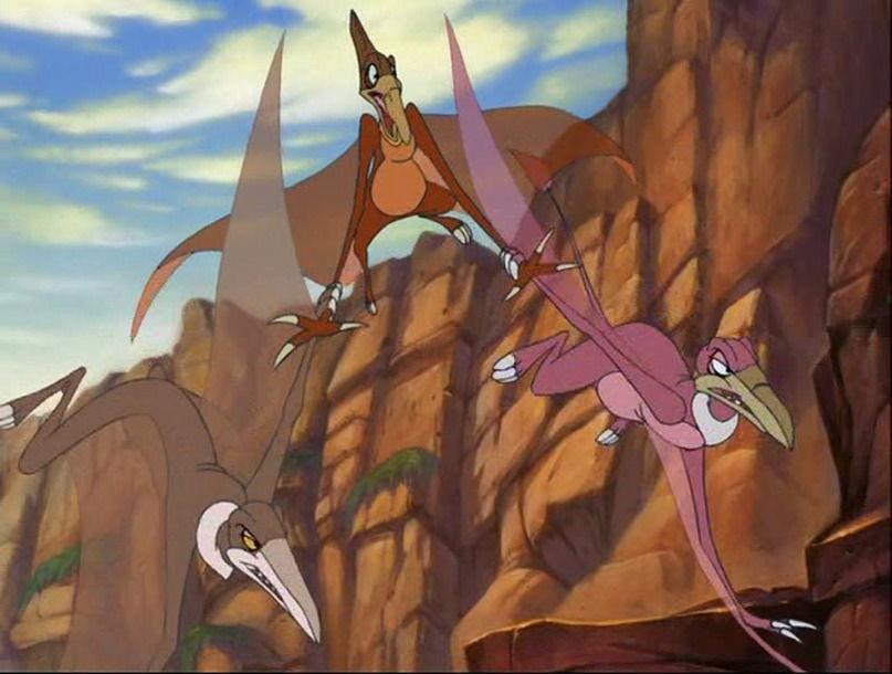 ¿Cómo se llaman los voladores antagonistas de la séptima entrega?