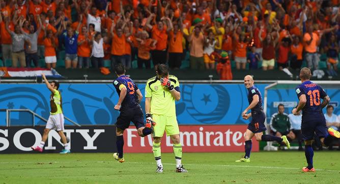 En el fatídico partido del en el que españa cayó por 5-1 frente a Holanda, ¿Quién marcó el gol de la roja?