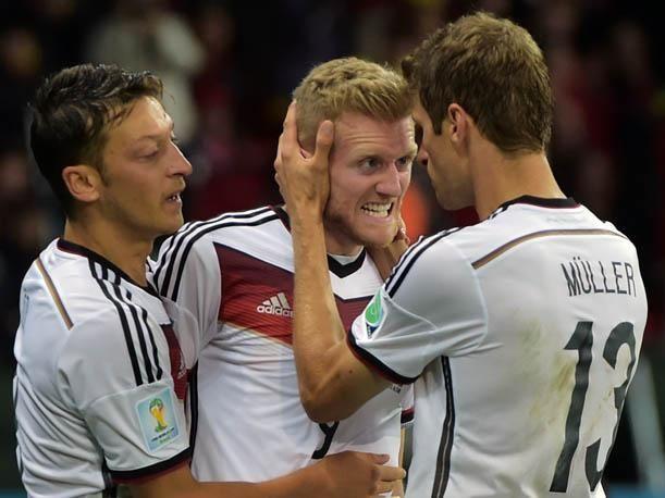 ¿Contra qué selección sufrió Alemania para pasar de ronda en Octavos de final?