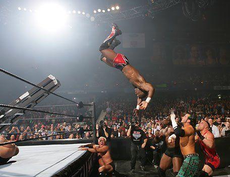 ¿En qué edición de WrestleMania se disputó por primera vez el combate Money in the Bank?