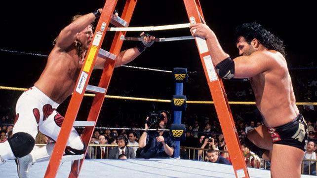 ¿Qué título estaba en juego en el combate con escaleras de WrestleMania X entre Razor Ramon y Shawn Michaels?