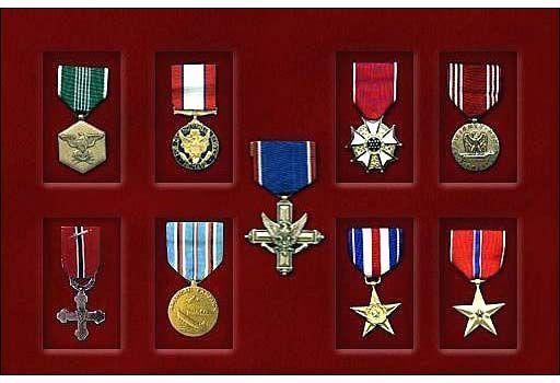¿Cómo se conseguía la gran mayoria de las medallas en el juego?