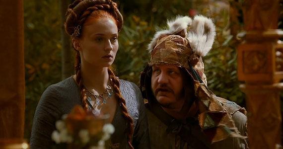 Ser Dontos ayuda a Sansa a escapar de Desembarco del Rey