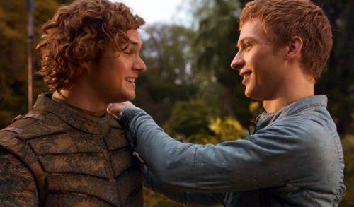 Los gorriones arrestan a Ser Loras por su homosexualidad