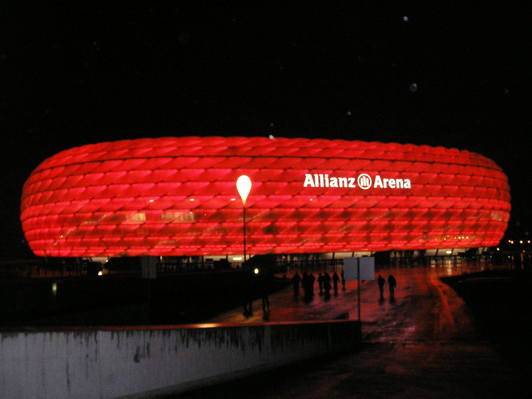 ¿En qué año se inauguró el Allianz Arena?