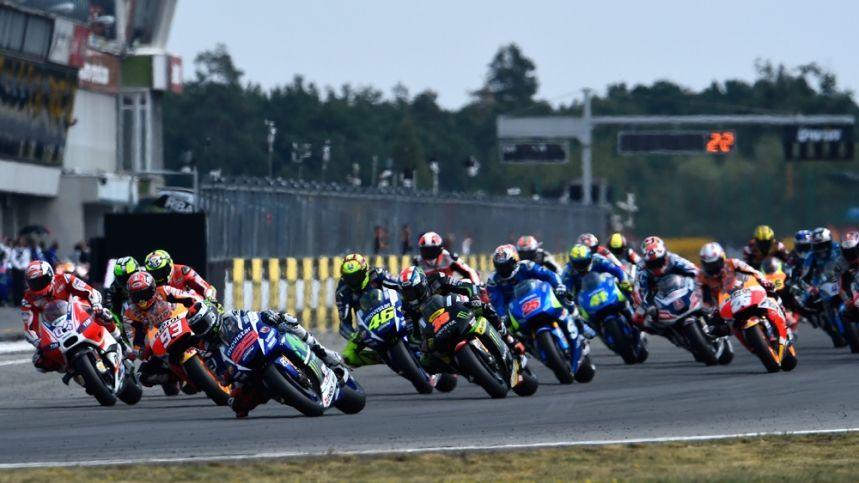 11058 - Pilotos del Mundial de Motociclismo