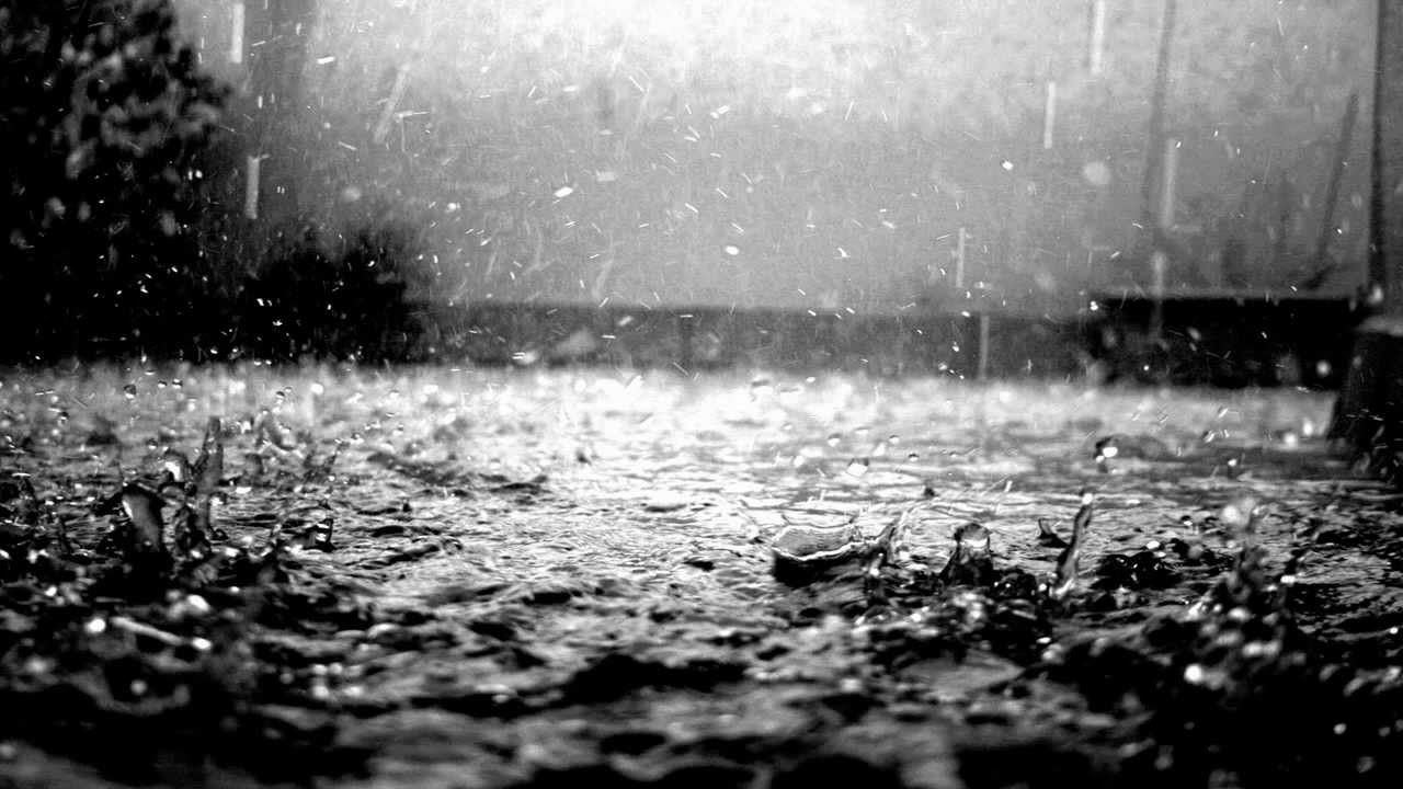 Esta lloviendo...