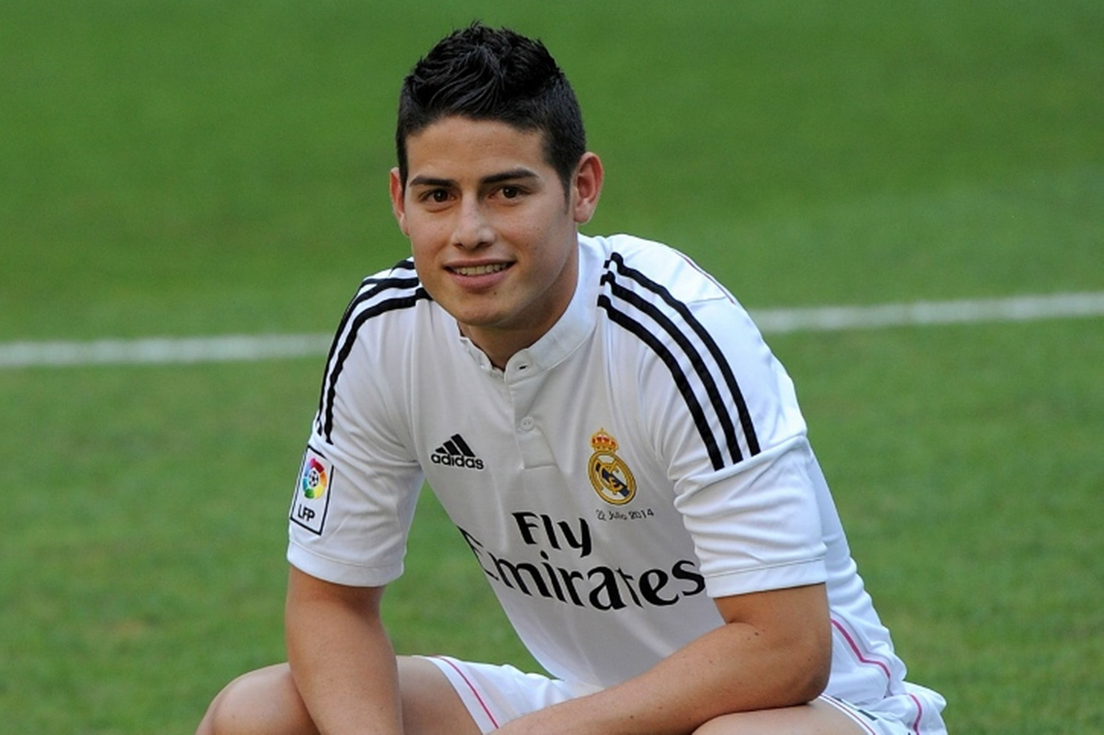 ¿En cuántos equipos ha estado James antes de fichar por el Madrid?