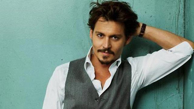 ¿A qué se dedicaba Johnny Depp antes de ser famoso?