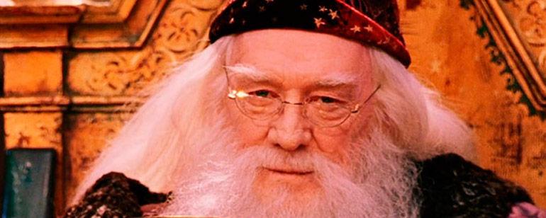 ¿Cuál de estos méritos NO pertenece a Dumbledore?