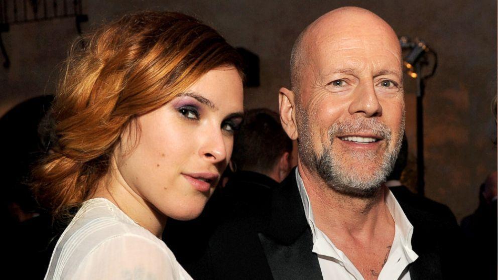 ¿Ella es la hija o la pareja de Bruce Willis?