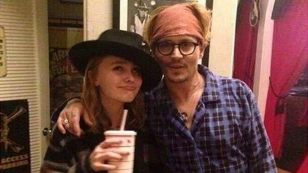 ¿Es la hija o la pareja de Johnny Depp?