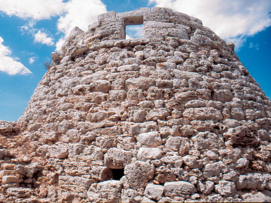 ¿En que islas se encuentra principalmente la cultura talaiòtica?