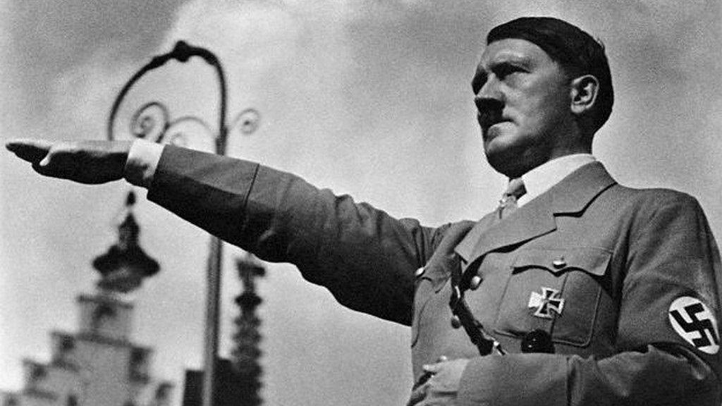 ¿Cambiarte de nombre a Hitler o no volver a comer Chocolate (O lo que más te guste)?