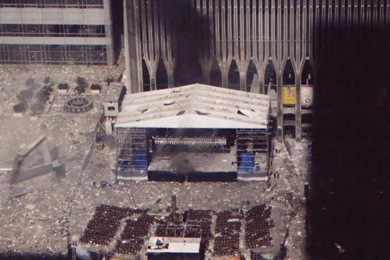 Me gustaria que pensaras en esta pregunta más heavy. Estas atrapado WTC 1 durante el 9/11 ¿Estar allí hasta el fin o saltar?