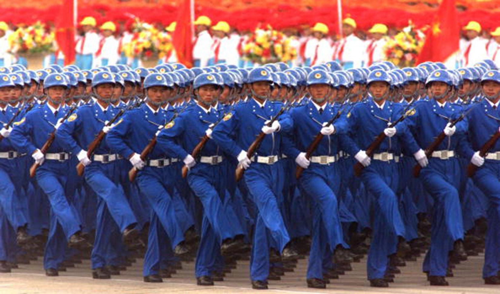 12597 - ¿Identificarías un país por su desfile?