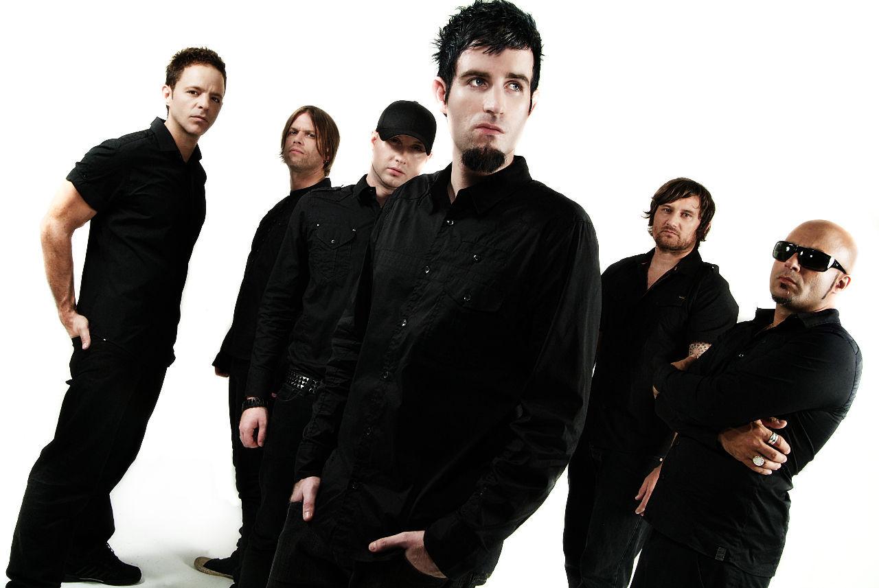 ¿Cuál fue el primer álbum oficial que sacaron?