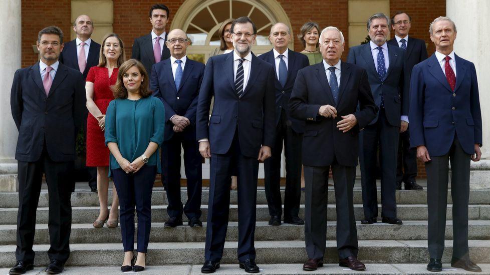 12892 - ¿Cuáles son las opiniones que tenemos de las élites políticas en España?