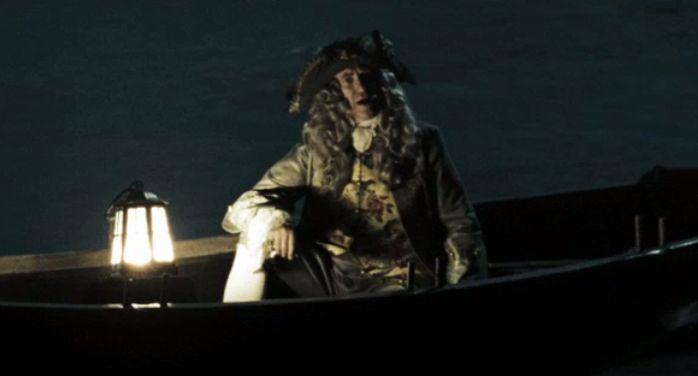 Weatherby Swann, antiguo Gobernador y padre de Elizabeth, muere. ¿Cuál es la última palabra que le dice a su hija?