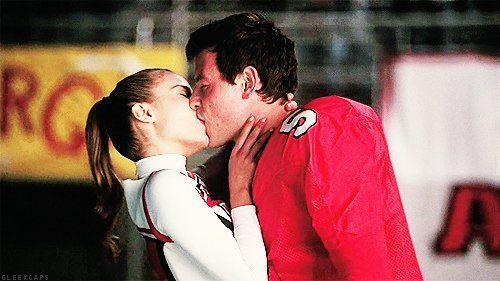 En la primera temporada Quinn y Finn rompen, ¿por qué?