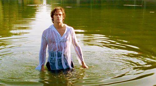 Para terminar con Orgullo y Prejuicio, ¿quién da vida a Fitzwilliam Darcy en la serie de la BBC de 1995?