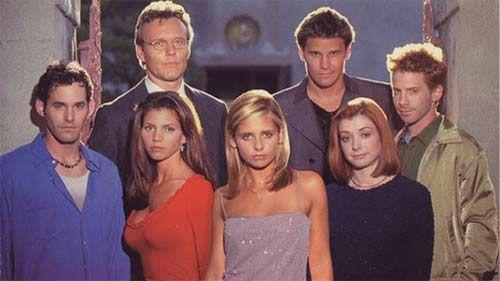 ¿Qué personajes principales aparecen en todas las temporadas?