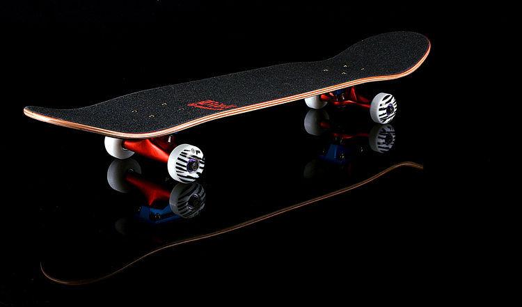¿En qué año se inventaron los skateboards?