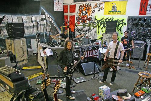 ¿Qué disco fue el que grabó en vídeo Metallica desde su estudio?