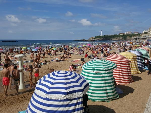 ¿A qué país pertenece Biarritz?